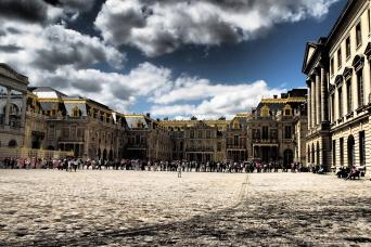 Gray Line Guided Full Day Tour of Versailles