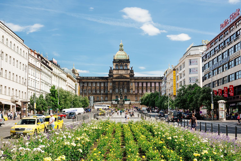 Prague Day Trip from Vienna :: Vienna Sightseeing