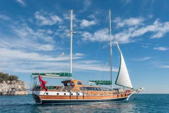 Bike & Boat Cabin Charter on a Gulet Montenegro 7nts