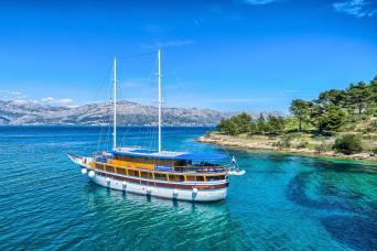National Parks Dalmatia E-Bike Cruise Trogir to Trogir 7nts (Saturdays)