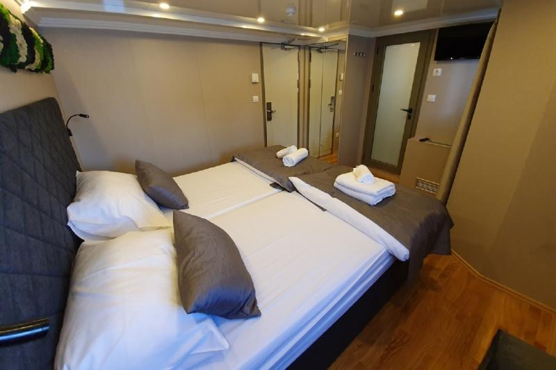 MS Antaris lower deck cabin