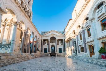 Private Tour; Tirana Shkodra Kolasin Cetinje Kotor Perast Budva 6nts