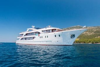 Deluxe Cruise One-Way Wonder Dubrovnik to Split 7nts (Saturdays or Wednesdays)
