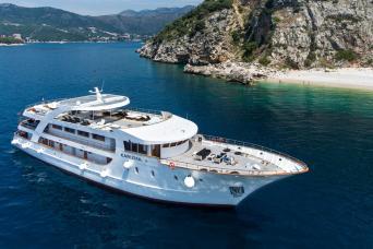 18-39s Deluxe Superior Mini-Cruise Split to Dubrovnik on MS Karizma 3nts (Saturdays)