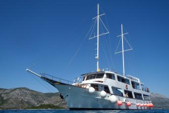Bike & Boat Premium Cruise Dubrovnik to Split on MS Pape Prvi 7nts (Sundays)