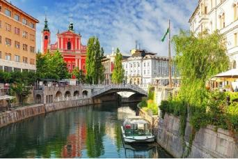 Experience Slovenia Escorted Coach Tour Ljubljana-Ljubljana (or Venice-Venice) 6nts
