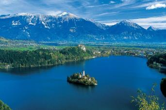 Dubrovnik, through Croatia and Slovenia to Venice Escorted Coach Tour 10nts