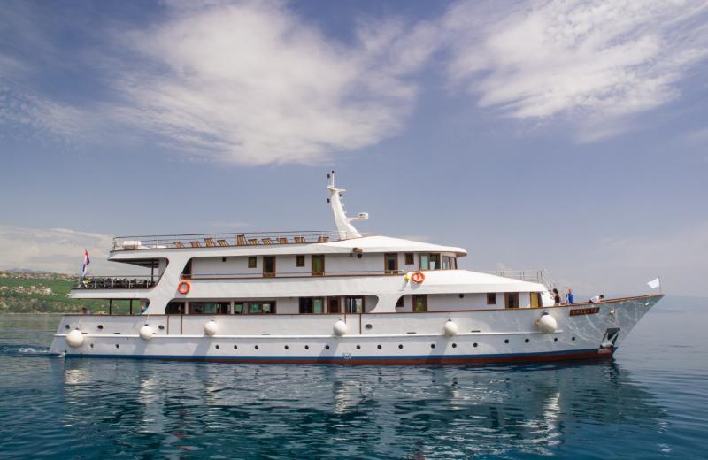 MS Eos Premium PREM Ship (example)