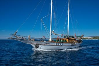 Cabin Charter on a traditional Croatian Gulet (Alisa or Anna Marija) 7nts
