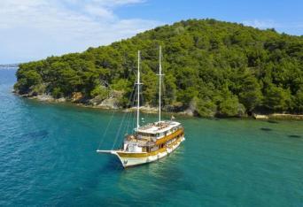 Cruise/Tour Combo: Zagreb to Split Tour & Cruise Split-Split on MS Afrodita 10nts