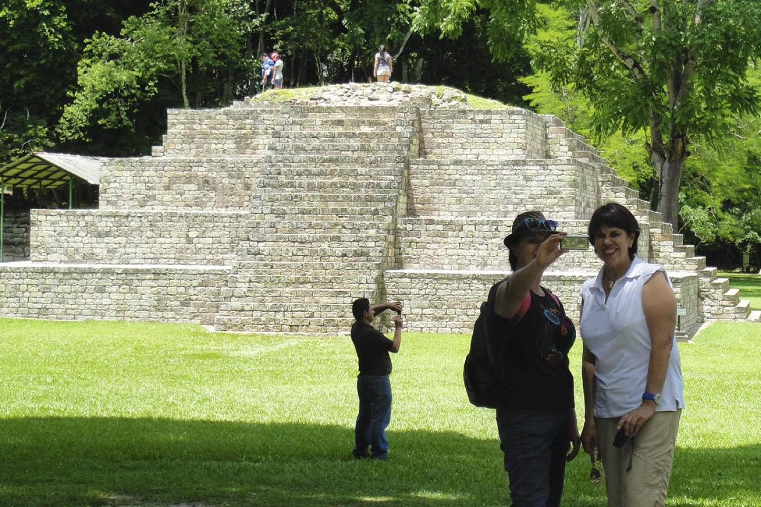 Copan Ruins Full Day Tour From Antigua Guatemala