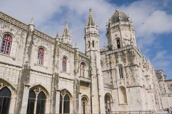 Gray Line Classic Lisbon & Sintra Half Day - Combined Tours