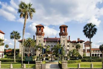 Gray Line St. Augustine Hop-On Hop-Off Trolley Tour from Orlando