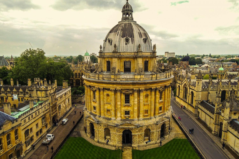 Oxford, Stratford, Cotswolds & Warwick Castle Day Trip