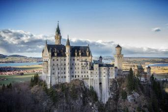 Gray Line Neuschwanstein & Linderhof Premium Tour From Munich - Royal Selection