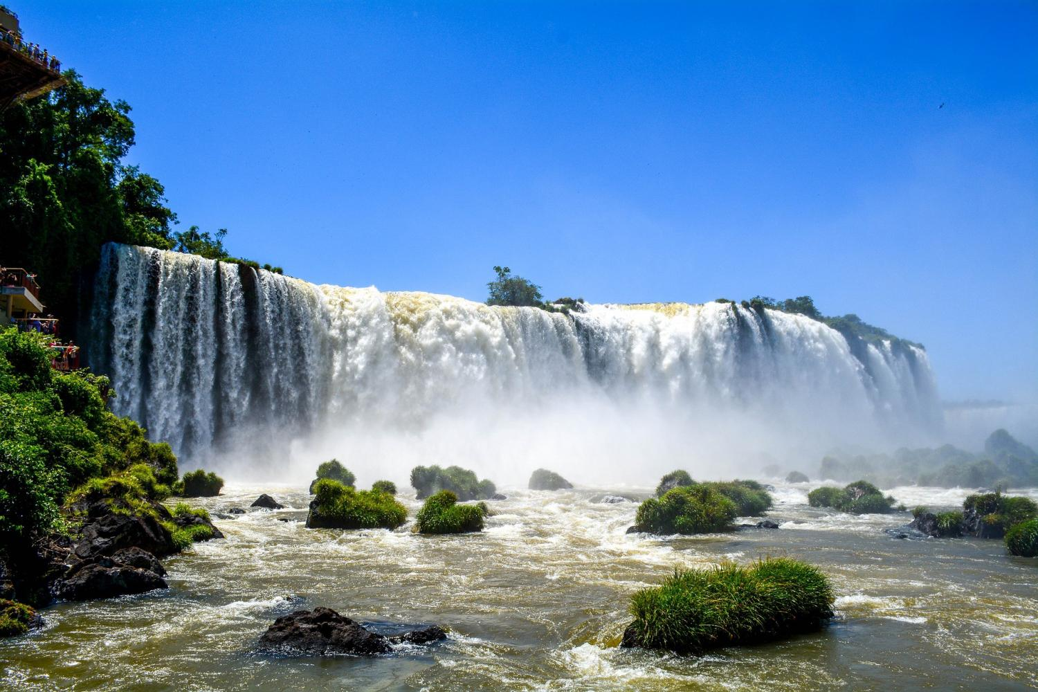 Experience the gorgeous Iguassu Falls with Gray Line
