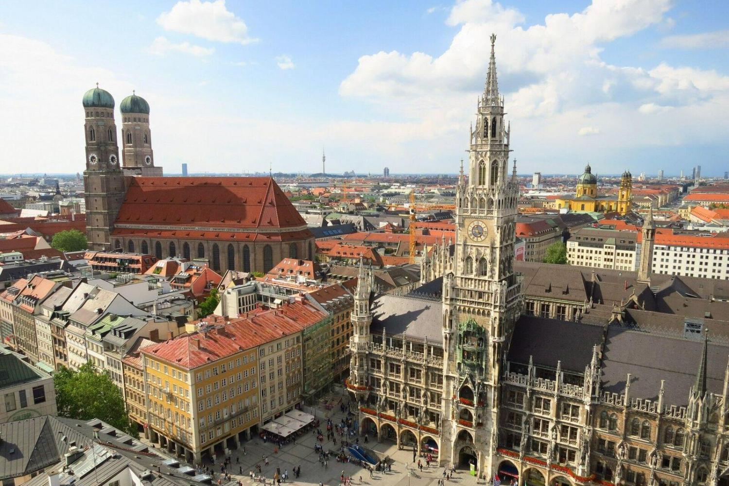 Munich City Tour & Bavaria Film City Combo