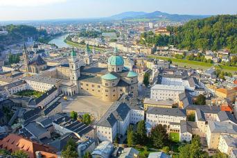 Gray Line Salzburg & Lake District Tour From Munich