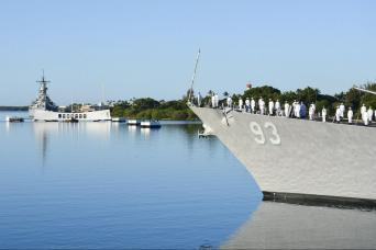 Gray Line Pearl Harbor and Honolulu City Highlights Tour