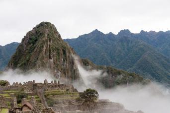 Gray Line 7-Day Machu Picchu Sunrise, Lima & Cusco Combo Tour