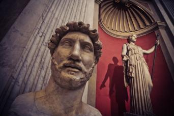 Gray Line Skip-The-Line Vatican Museums - VIP Early Access With Audio Guide