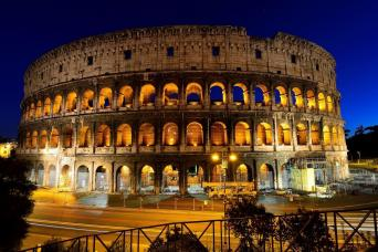 Rome By Night - Bus Tour & Dinner
