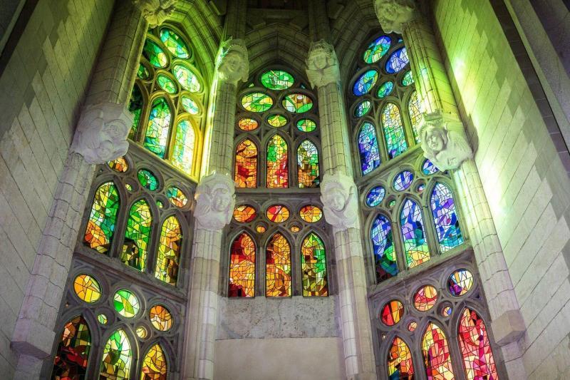 Sagrada Familia Towers Fast Track Guided Tour Barcelona Spain Gray Line