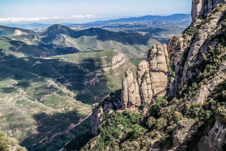 Montserrat & Artistic Barcelona Combo Tour