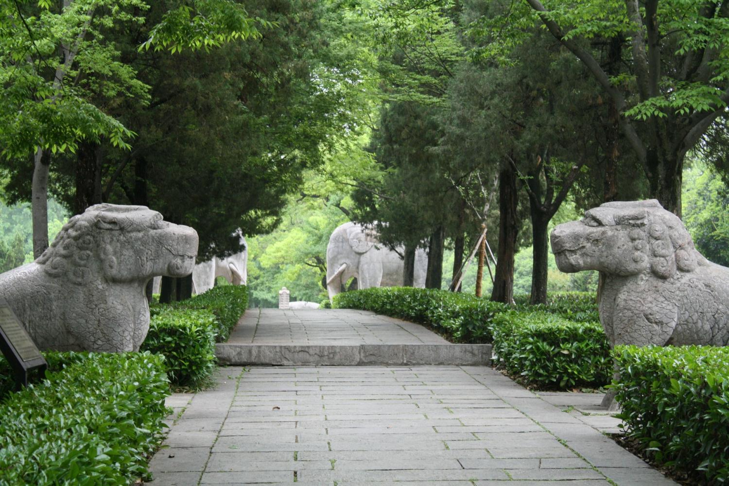 The Beijing Classic Tour – The Sacred Way, Ming Tombs and Badaling section of the Great Wall