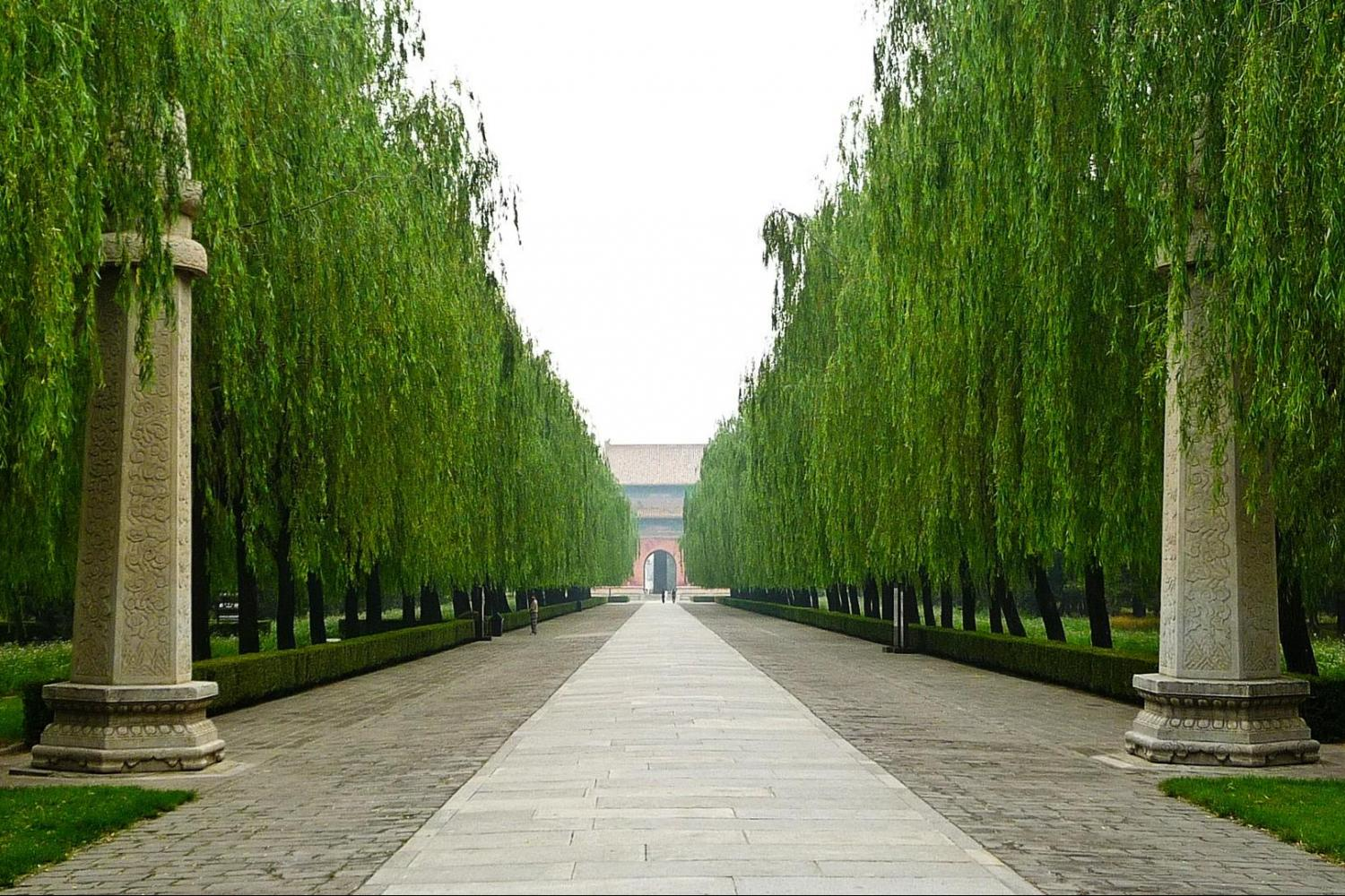 The Classic – The Sacred Way, Ming Tombs and Badaling section of the Great Wall (Private)