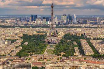 Gray Line Paris City Tour with Lunch at the Eiffel Tower & Seine River Cruise