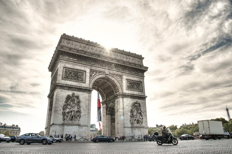 Skip-the-line Eiffel Tower, Guided City Tour & Seine River Cruise