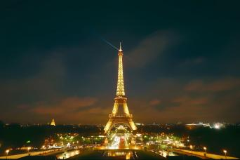 Gray Line Paris by Night Illuminations Tour, Eiffel Tower & Seine River Cruise
