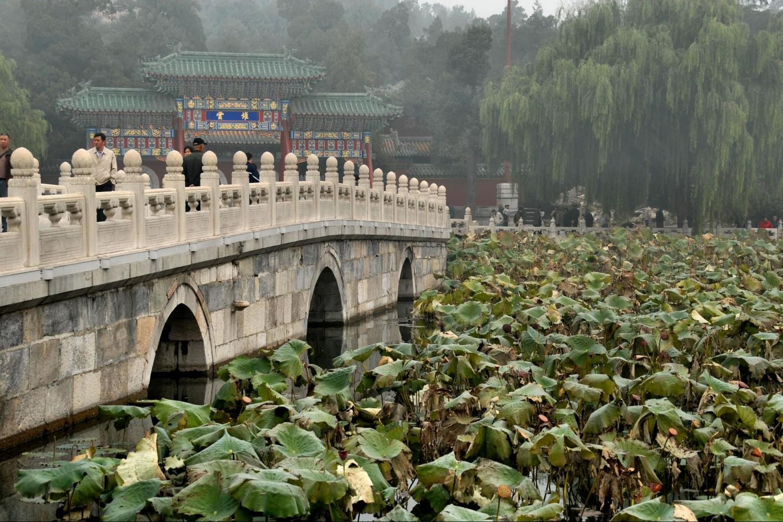 Ancient Gardens of Beijing – Jingshan Park, Beihai Park, Hutong lunch and tour