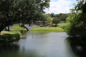 Texas Hill Country Wine Expert Tour - San Antonio