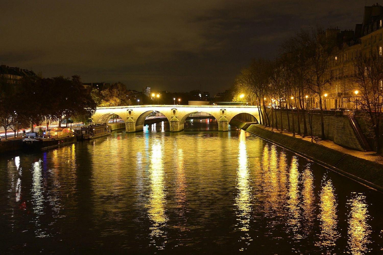 Paris by Night Illuminations Tour & Seine River Cruise