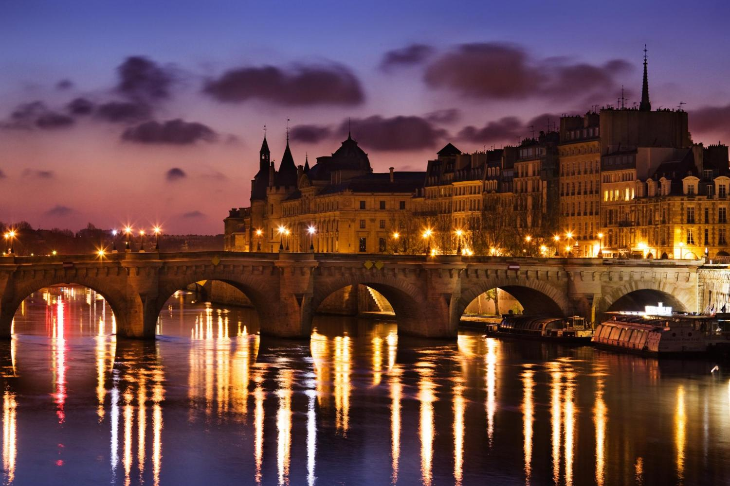 Early Evening Marina Champagne & Dinner Cruise on the Seine River
