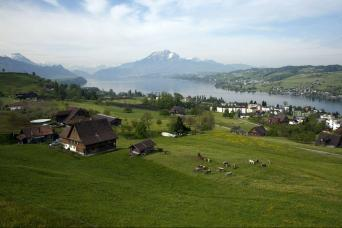 4-Days Swiss Charming Tour From Zurich
