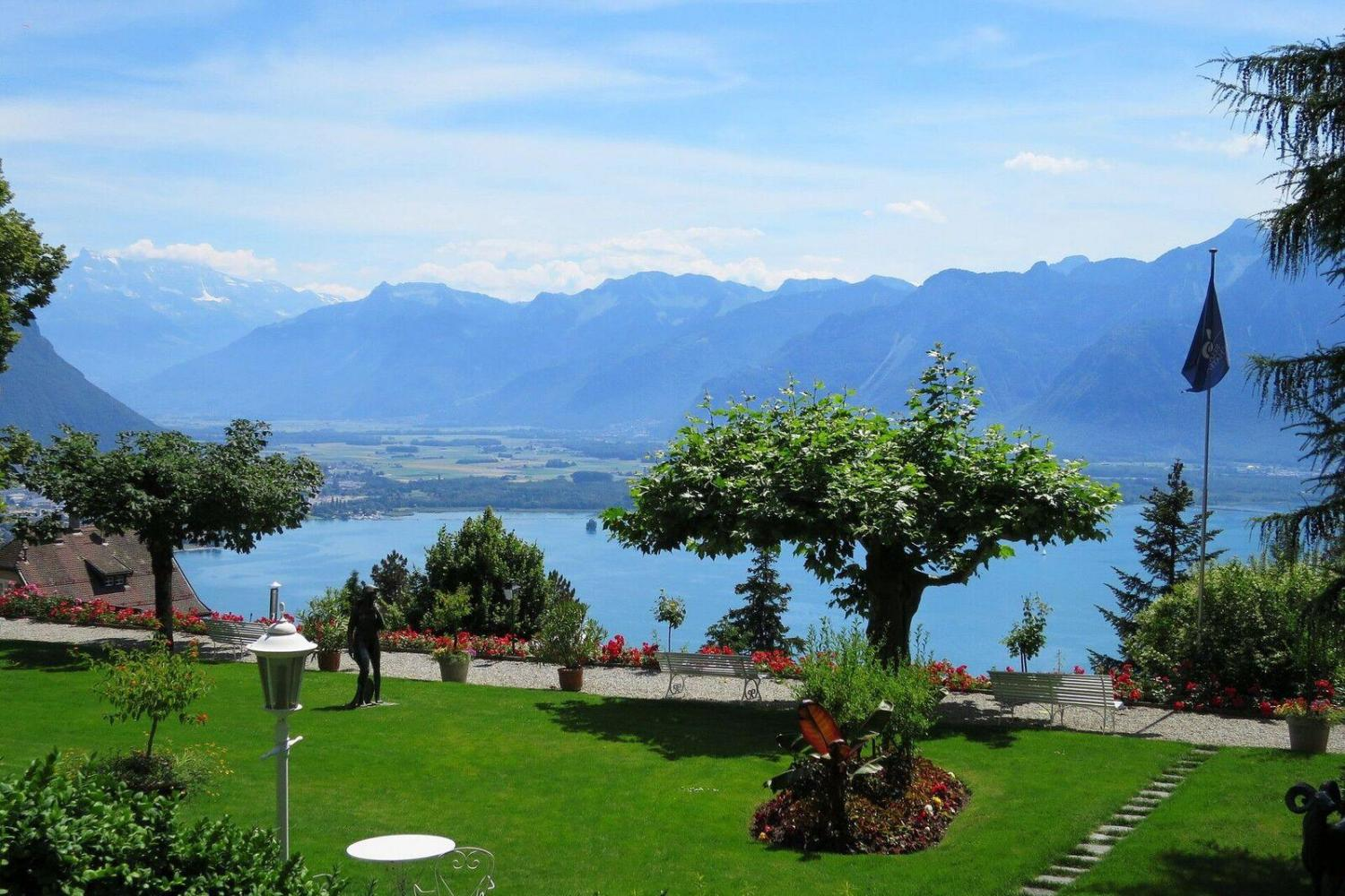 2-Days Romantic Swiss Tour From Lucerne