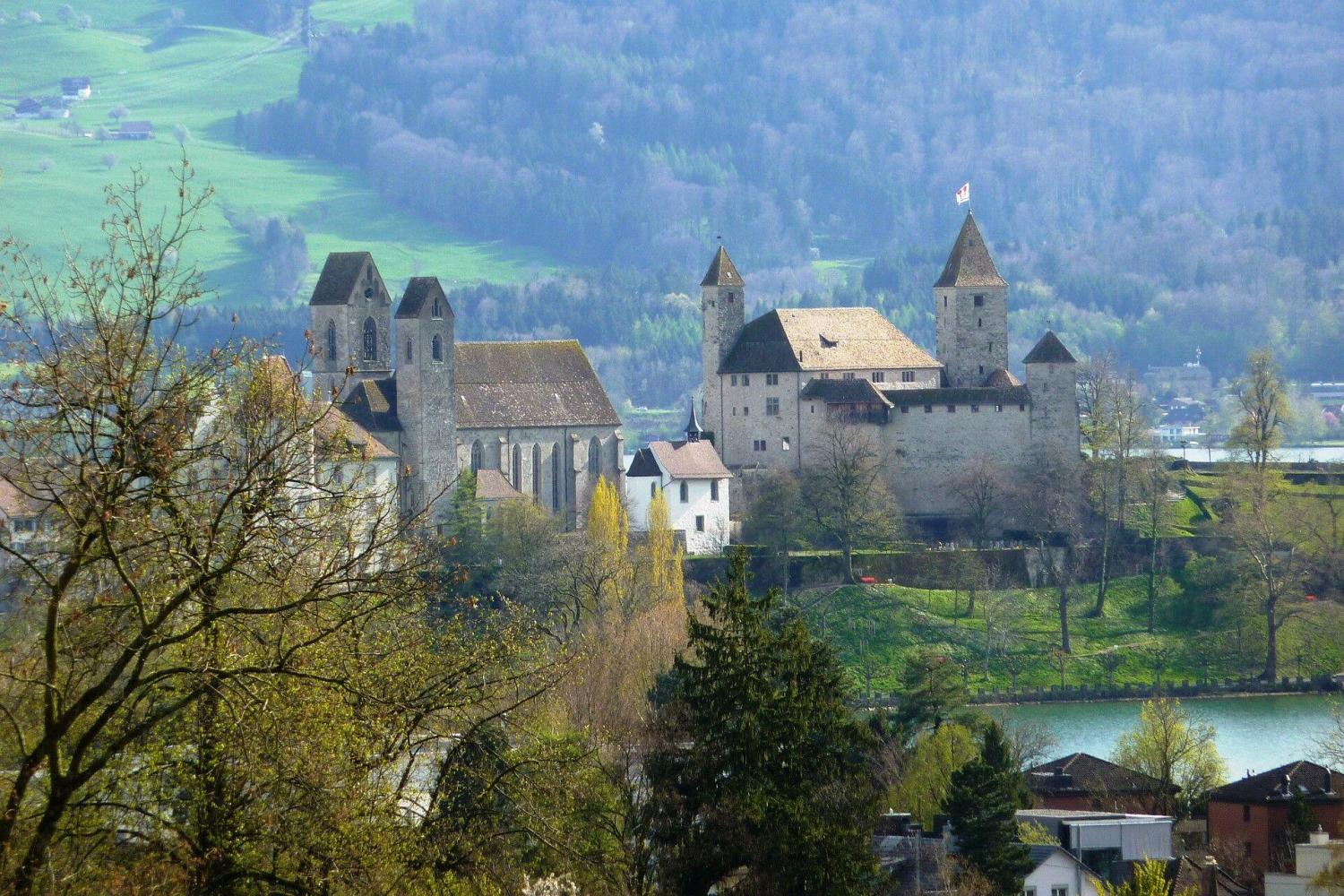 You will visit charming Rapperswil at the other end of lake of Zurich