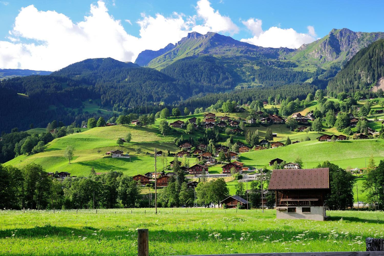 Interlaken & Grindelwald Tour From Lucerne