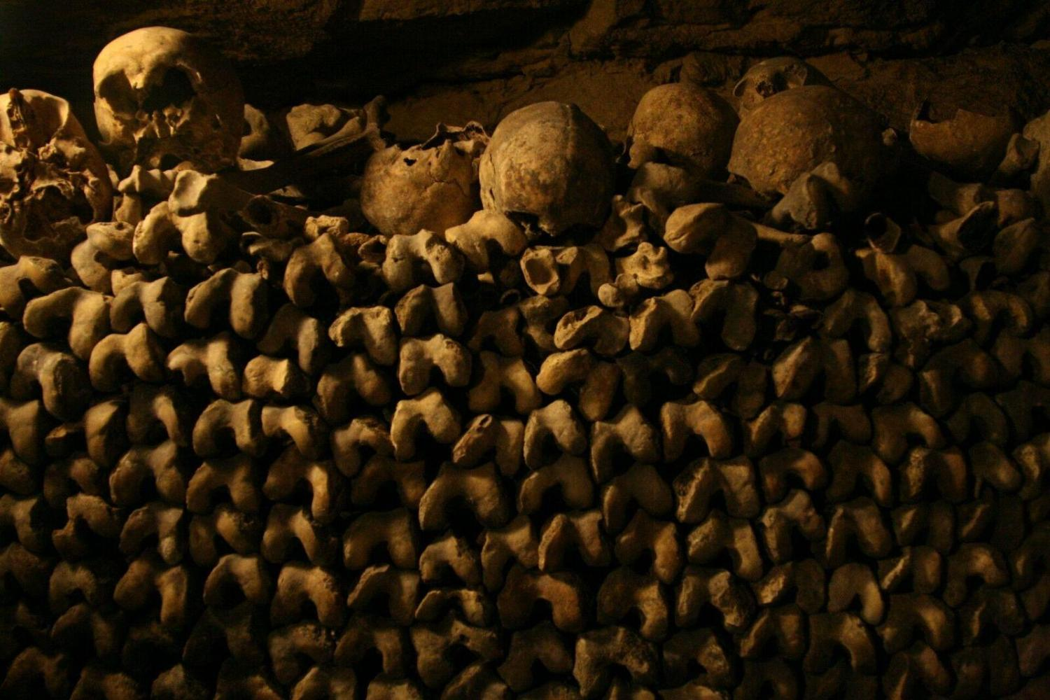 Tour Of Paris Catacombs With Exclusive Access