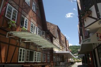 Gray Line Blumenau and the German Culture City Tour