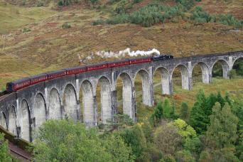 Gray Line The Magical Highlands Tour (Includes Steam Train Journey)