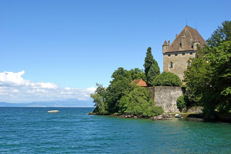 Yvoire Medieval Village & Boat Cruise On Geneva Lake