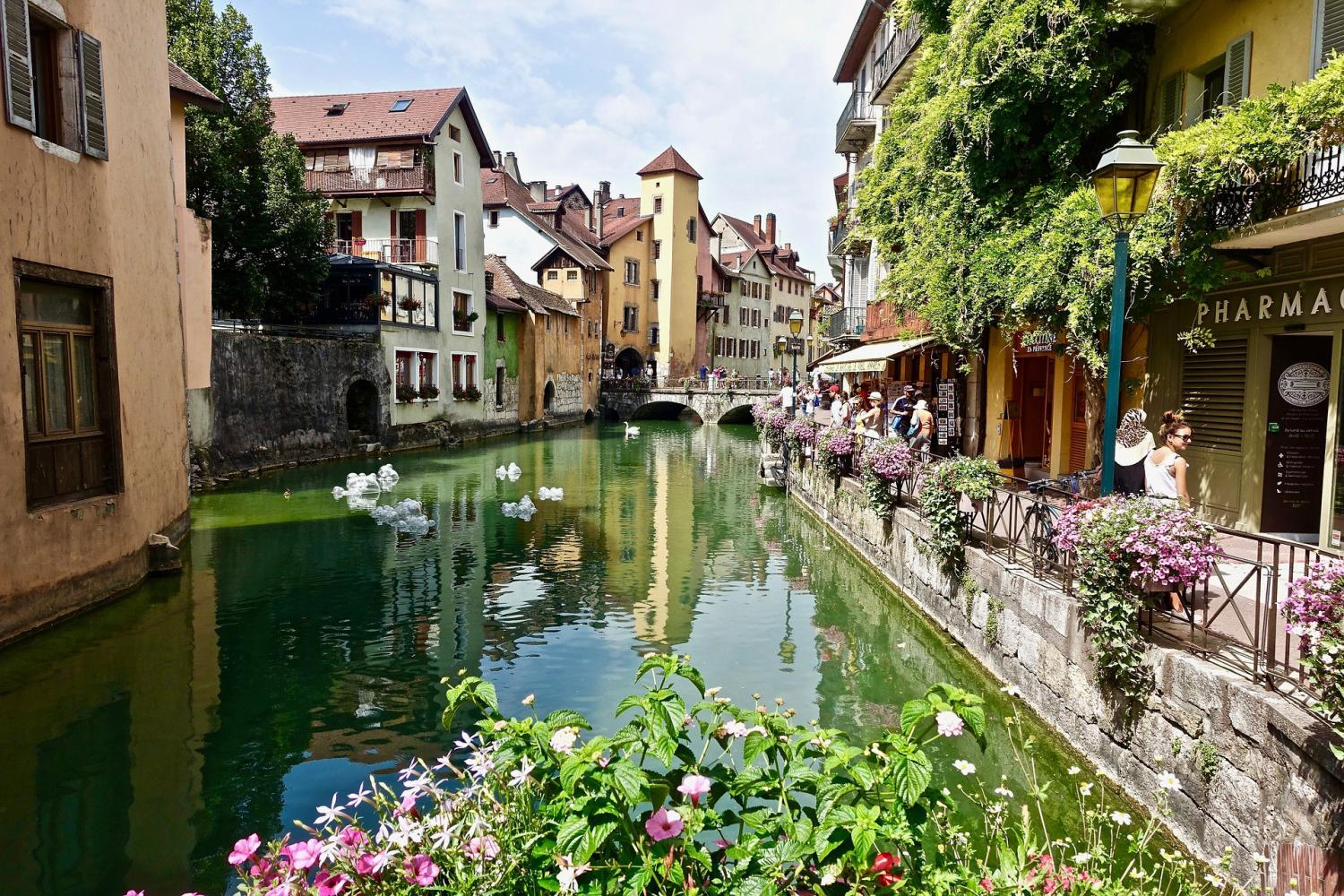 Chamonix Mont Blanc & Annecy City Tour From Geneva