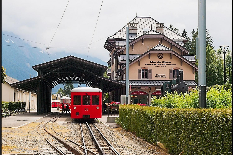 Chamonix Mont Blanc Half Day Tour With Mountain Train From Geneva