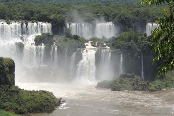 Gray Line Full Day Iguazu Falls Both Sides - Brazil and Argentina
