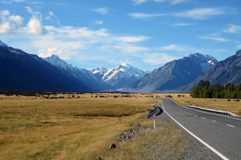 Gray Line Christchurch To Queenstown Via Mt Cook