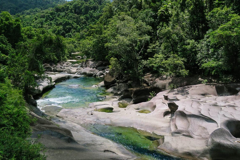 Babinda Boulders